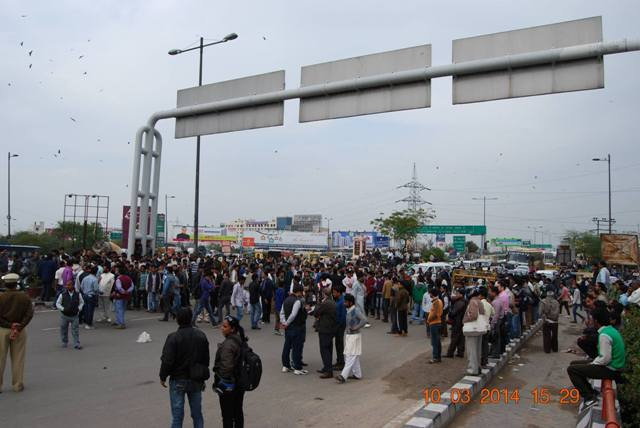 protest on national highway 2.jpg